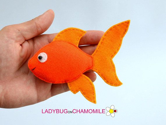FISHES felt Toys, Ornaments, Magnets, Keychains, Brooches