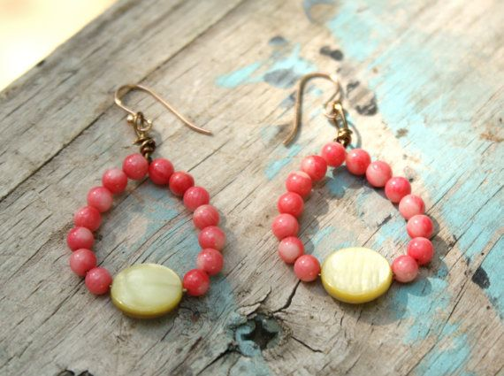 Beach Ready Coral and Lime Beaded earrings with by SunSoakedDays, I really wanna wear these but they are for sale :( lol come by and see my shop