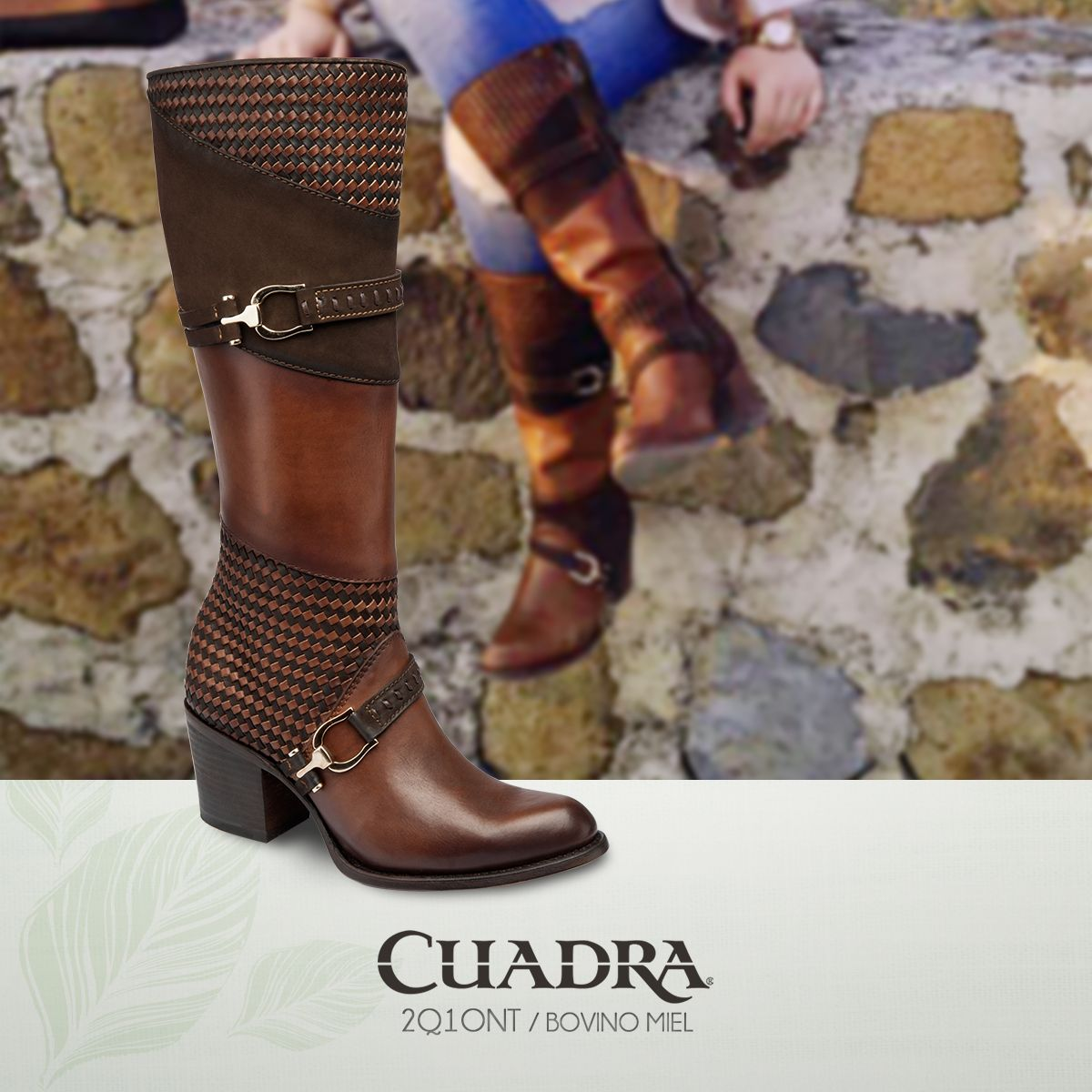 52bd6cd46 La clase se impone.  botas  exoticleather  mujer  moda