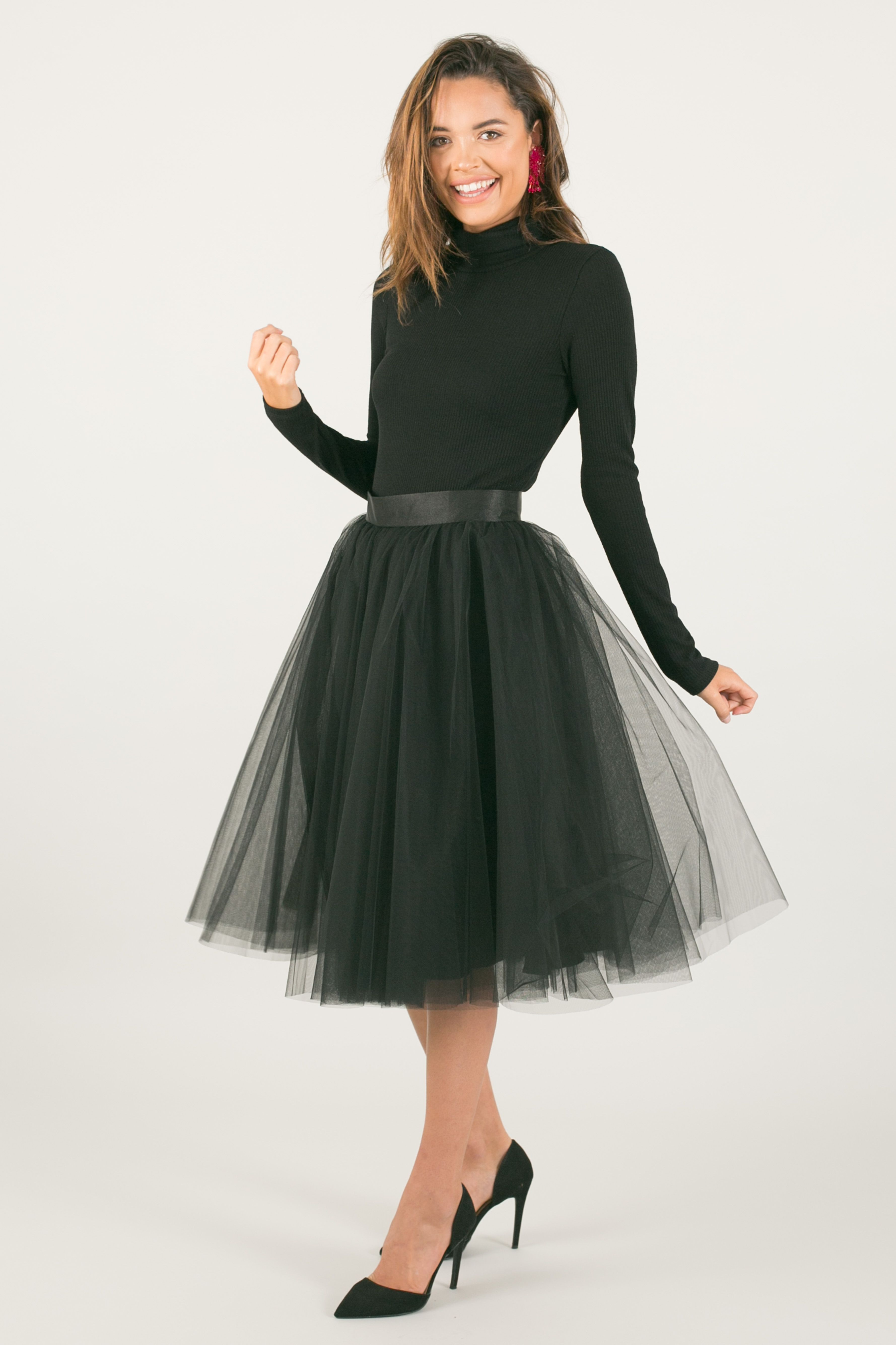 8101bf996 Space 46 tulle skirt, black skirt, black midi skirt, black midi tulle skirt,  tutu skirt, ballerina skirt, fall outfit ideas, holiday outfit ideas, ...