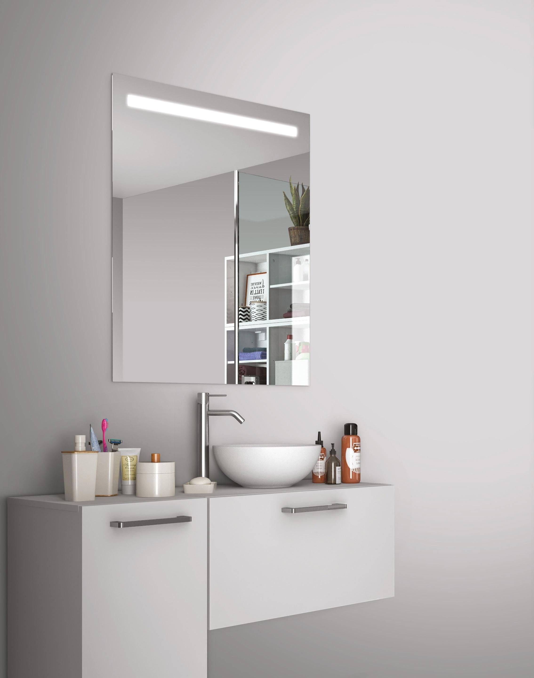 Miroir Lumineux Avec Eclairage Integre L 60 X H 70 Cm Essential Miroir Lumineux Miroir Avec Eclairage Miroir