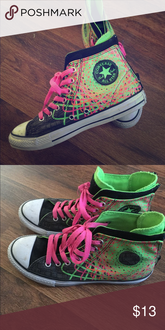 Size 4 youth girls Converse. Only worn