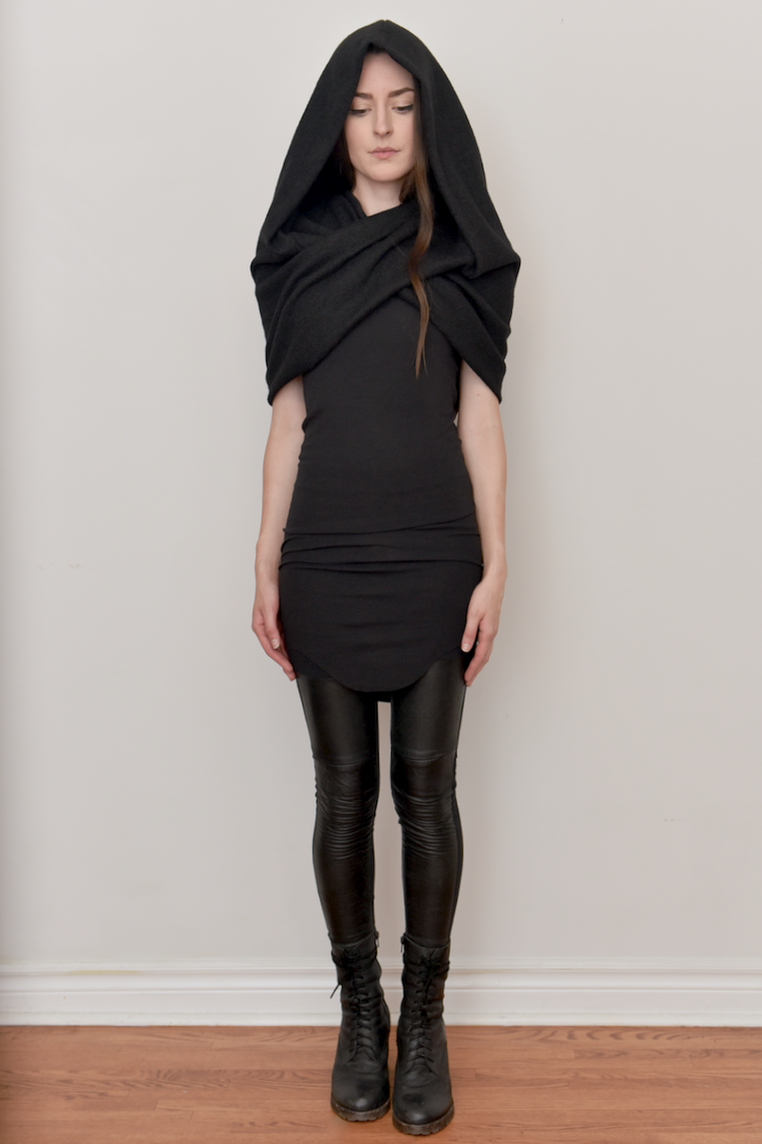 Image of Mythic Cowl in Wool (Black)