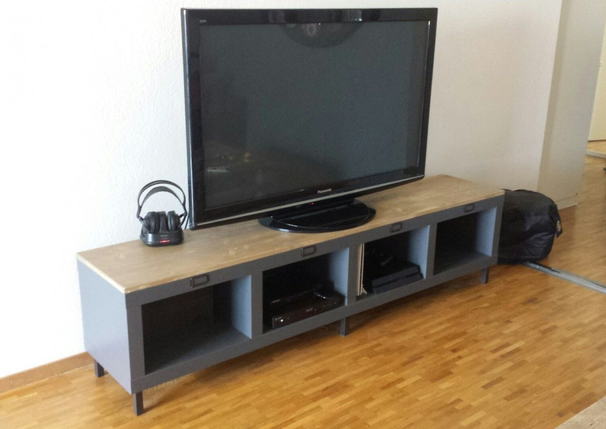 Mesure Meuble Tv Expedit - Un Meuble T L Industriel Avec Une Tag Re Expedit Kallax [mjhdah]http://www.moldfun.net/wp-content/uploads/2016/11/stand-de-mc3a3c2a9dias-salons-and-c3a3c289tagc3a3c2a8res-de-bois-on-meuble-tc3a9lc3a9vision-de-coin-meuble-television-ecran-plat.jpg