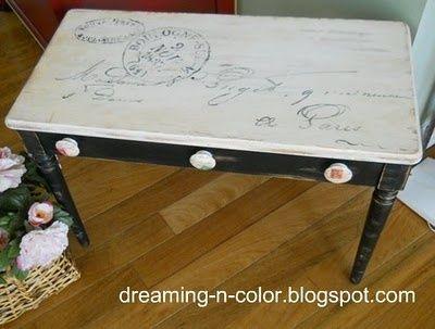 Postmark piano bench