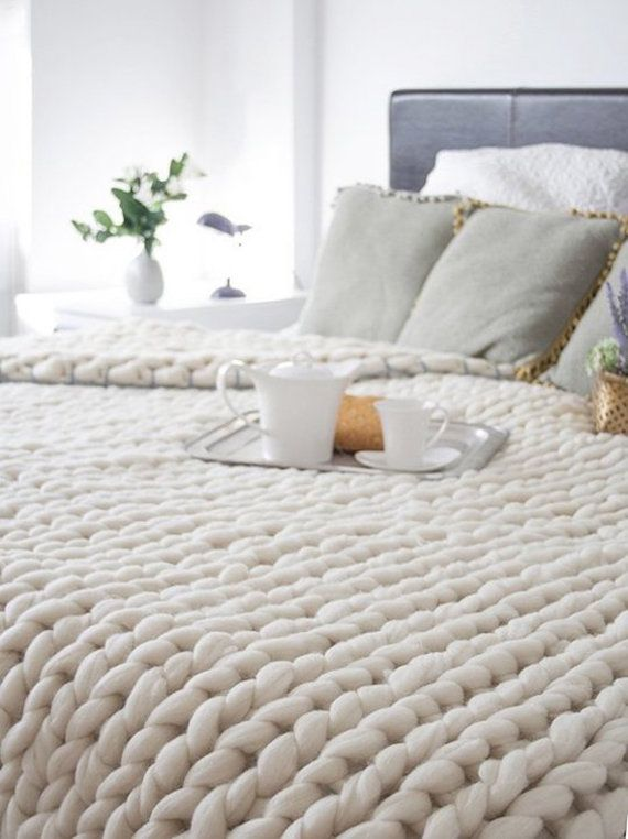 Lowest Price Super Chunky Knit Blanket Merino Queen Size 60 Etsy In 2020 Arm Knitting Blanket Home Bedroom Knitted Blankets