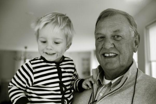 Foto de abuelo con nieto