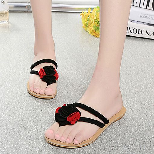 $13.57 (Buy here: http://appdeal.ru/9g2d ) Fashion Bohemia Style Flowers Flip Flops Summer Slippers Casual Beach Shoes Women Flat Sandals Size 36-40 for just $13.57