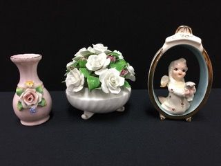 MIXED LOT INCLUDES A VINTAGE ANGEL AND CAT FIGURINE TITLED STAR BABY, ORIGINAL DESIGN BY ROBYN WALKER-RENAKER, A ROYAL ADDERLEY BONE CHINA FLOWER BOWL (WITH REPAIR) AND A VINTAGE GERMAN CRAFTED BUD VASE. ALL ITEMS MEASURE APPROXIMATELY 5 INCHES IN HEIGHT