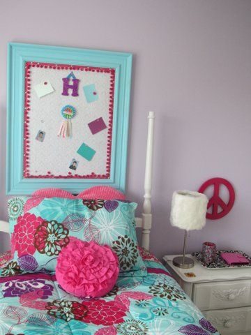 turquoise, pink, and purple bulletin board | girls bedroom