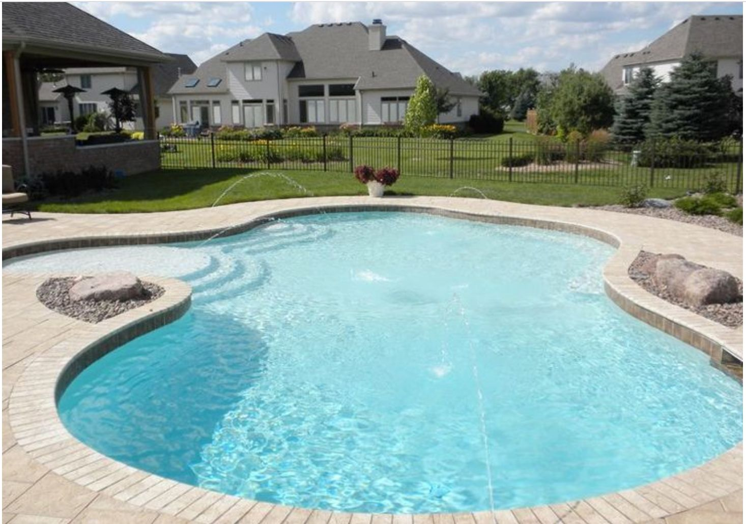 Pin By Nicole Tatzreiter On Outdoor Pool In 2020 Amazing Swimming Pools Backyard Pool Swimming Pool House