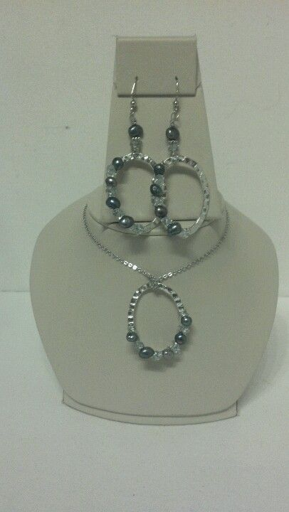Wire wrapped fresh water pearls. (: