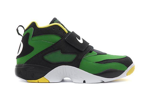 brand new f234d d4320 Nike Air Diamond Turf
