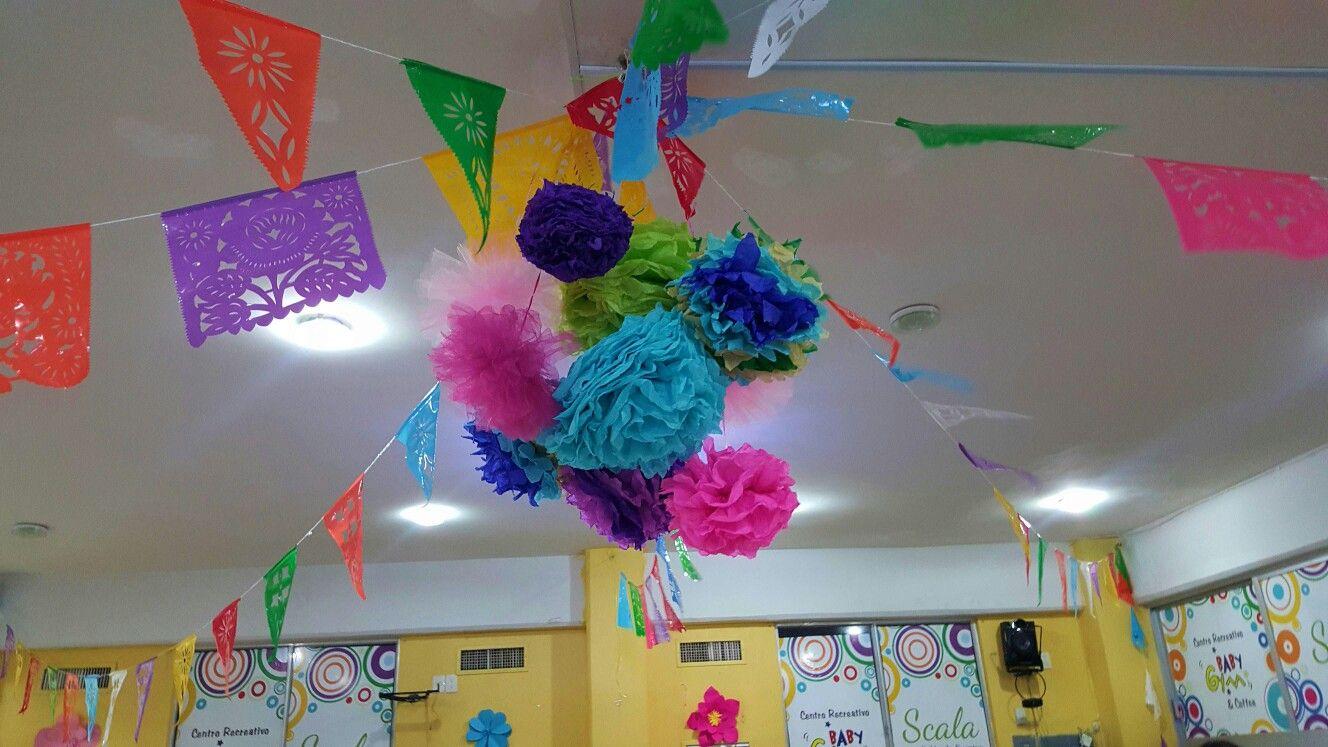 Fiesta mediana con decoración temática Salón Scala tel 9357534, 2299018485