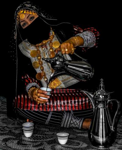 ae5alid:    Omani woman