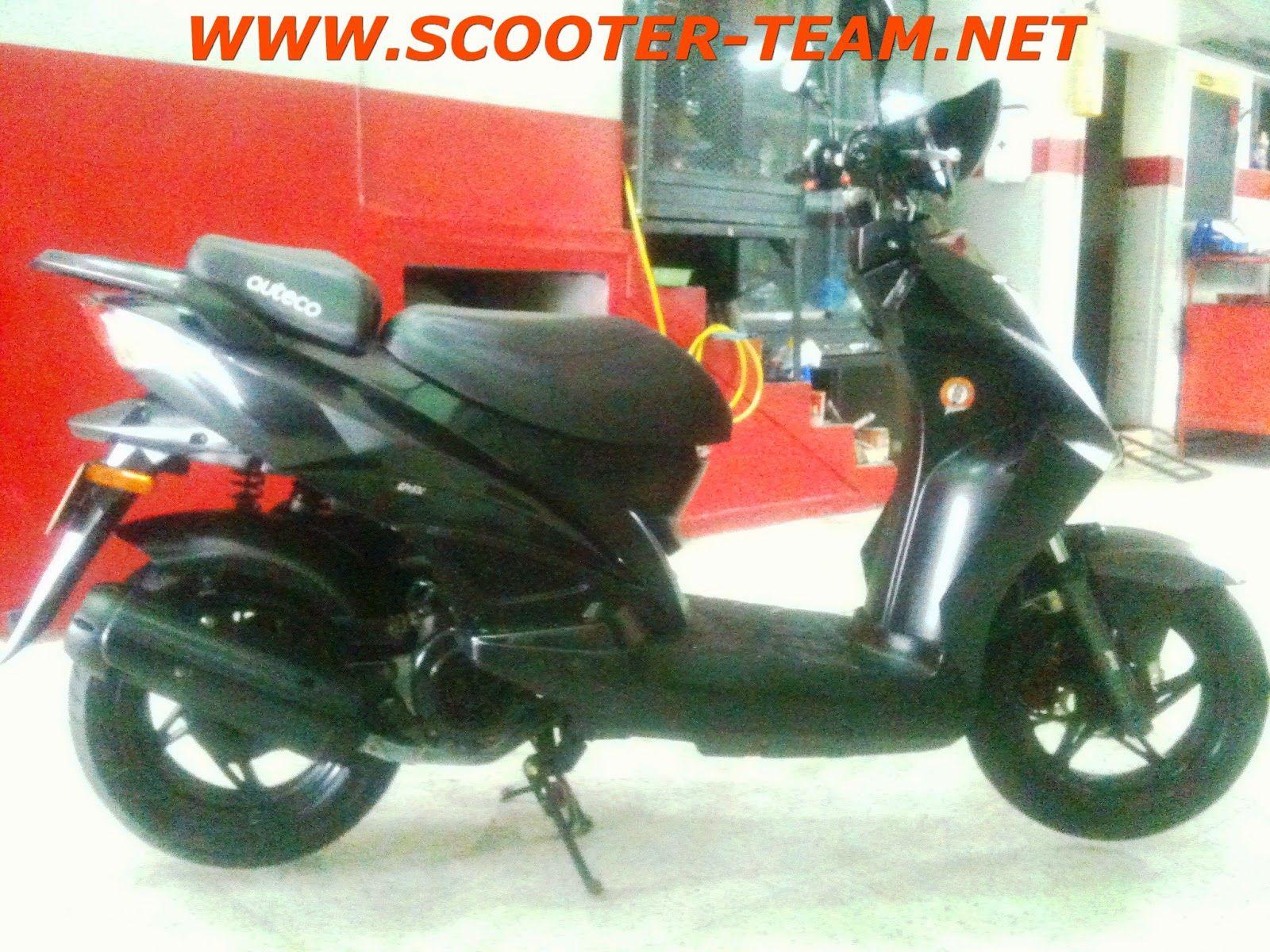 Scooter Team: VENDO KYMCO AGILITY RS NAKED 160cc - 2012