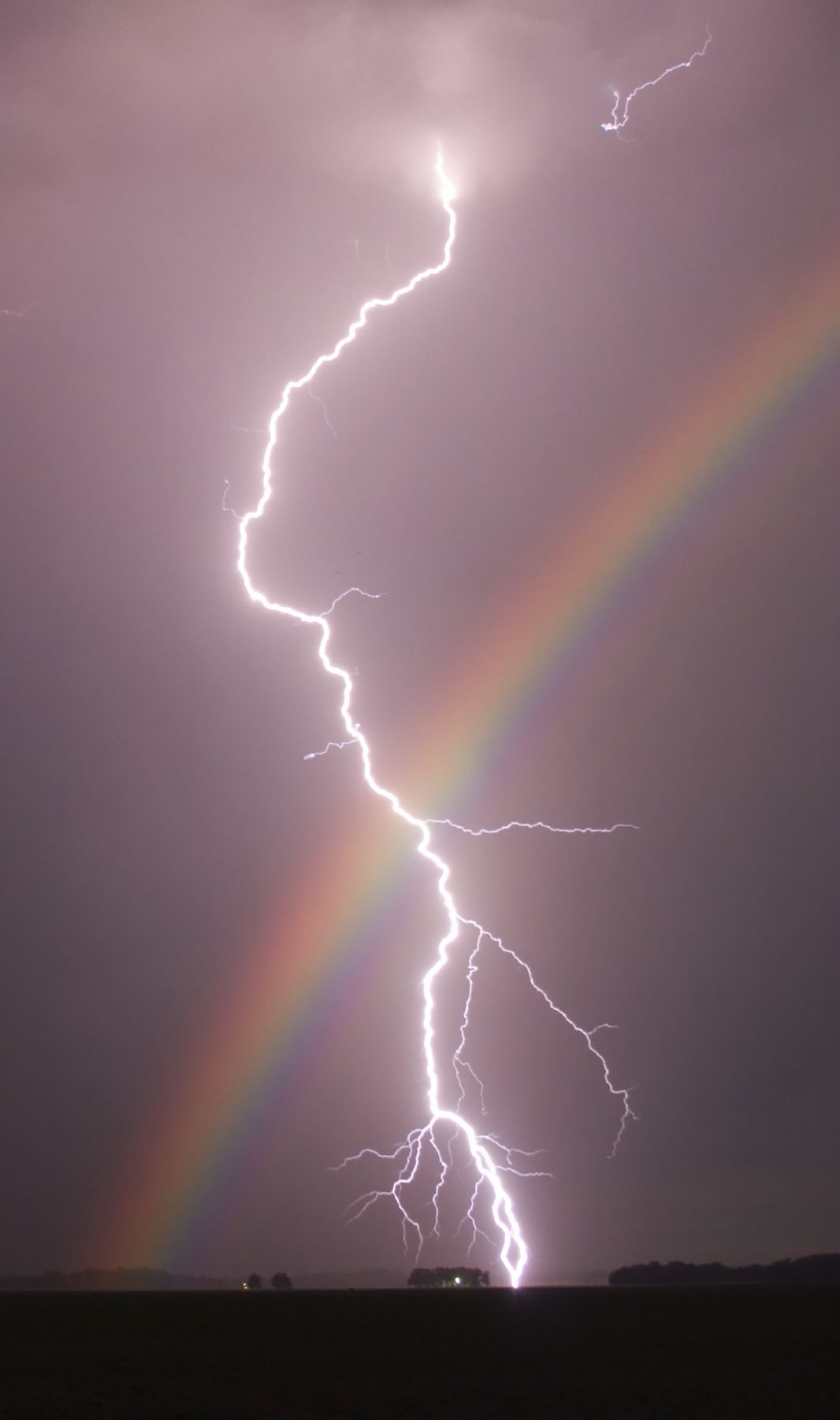 Forces Of Nature Lightening And Rainbow 雲の壁紙 グリッター