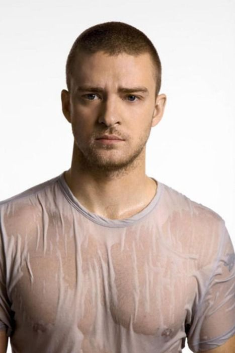 I'm seriously obsessed with this man!<---now that's a wet t-shirt.