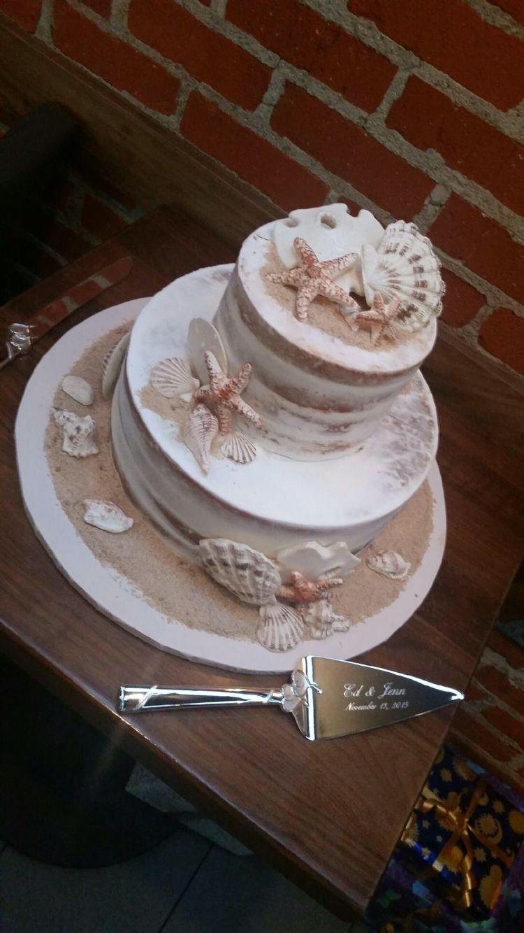 Naked Wedding Cake Beach Themee Shells Are Edible Wedding
