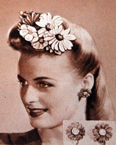 1940s Hair Accessories Flowers Snoods Clips Wigs Bandannas Flower Hair Accessories Hair Accessories 1940s Hairstyles
