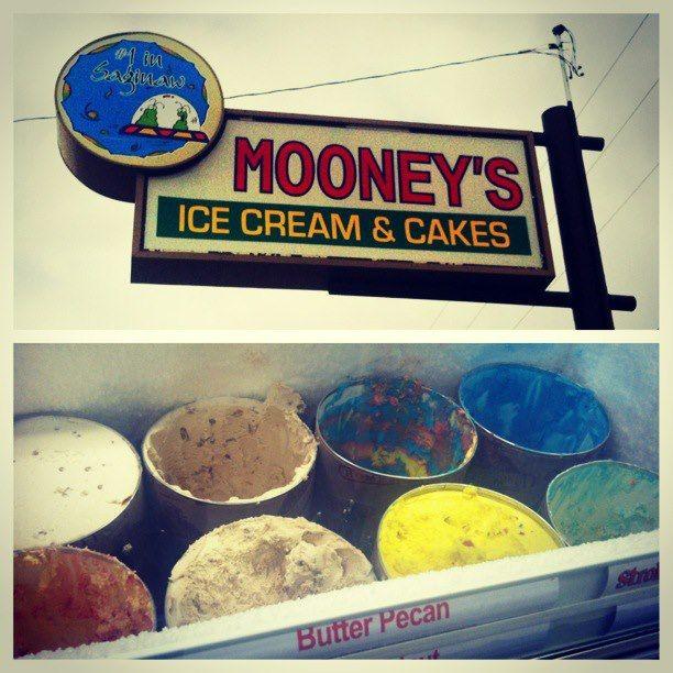Mooney S Ice Cream In Saginaw Michigan I Love Mooney S Ice