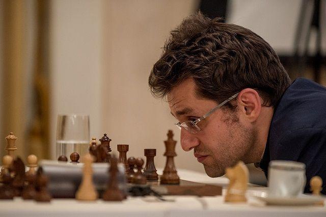 noticias - Zúrich (1): Anand recupera la sonrisa | chess24.com
