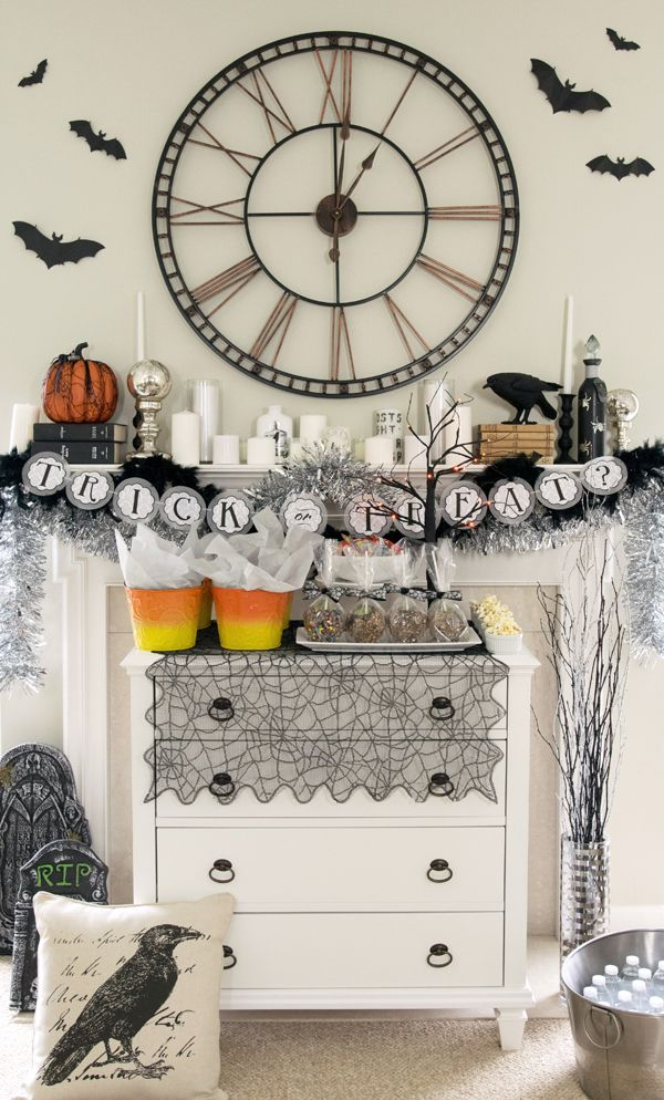 Halloween Party and Mantle Decor Halloween parties, Halloween - halloween party decorations diy