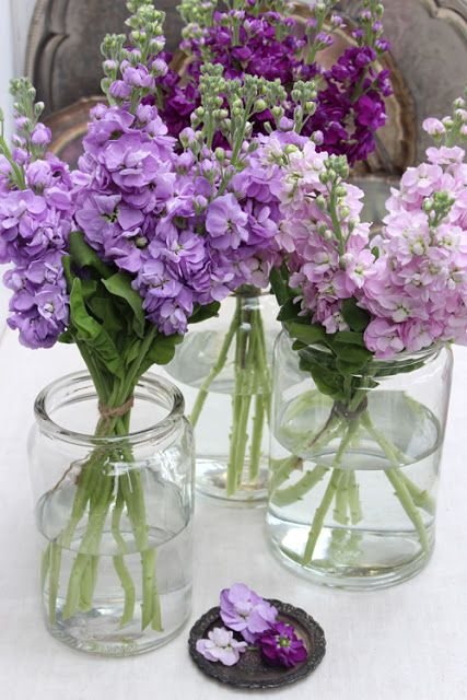 A Bunch For The Weekend 77 Pink And Purple Stock Flowers Purple Bridesmaid Bouquets Stock Flower Flower Arrangements