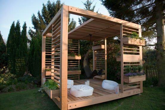 Ein Gartenpavillon ist das perfekte Lieblingsplätzchen in