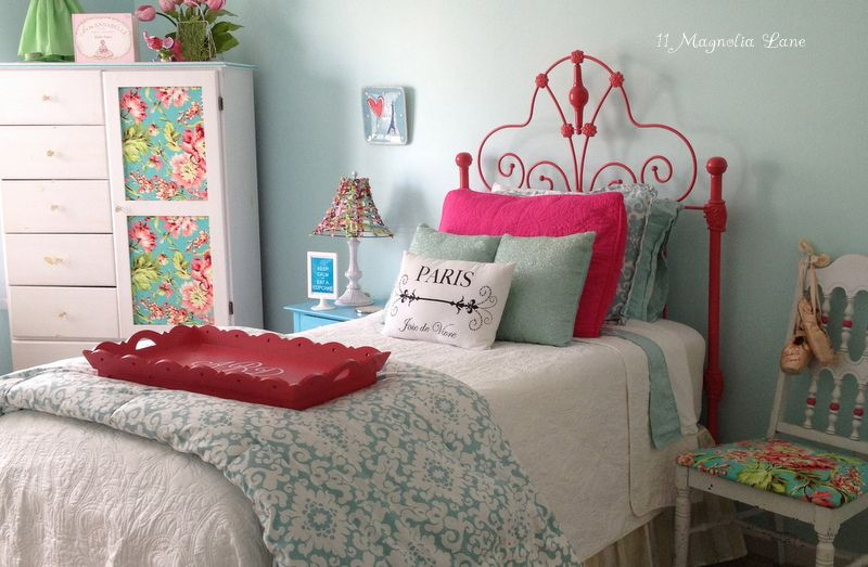 Hot Pink Wrought Iron Headboard Aqua And S Bedroom