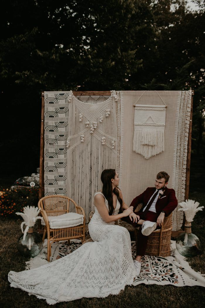 This Diy Backyard Wedding In Nashville Is Chock Of Stylish Inspiration this diy backyard wedding in nashville is chock of