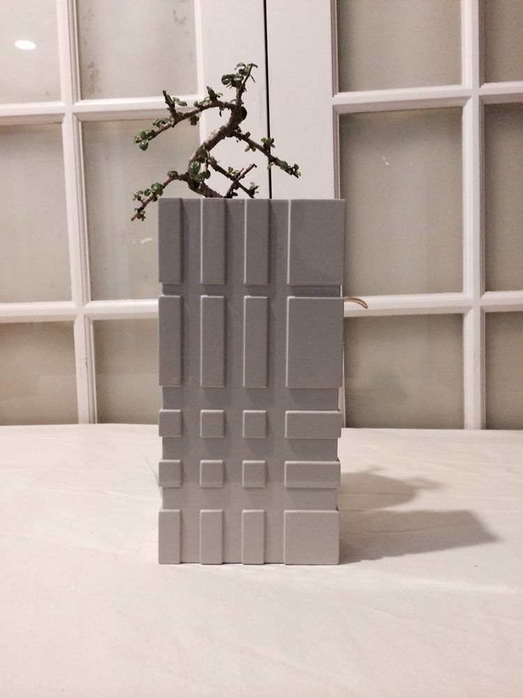 Burberry Vase In Home Furniture DIY Decor Vases