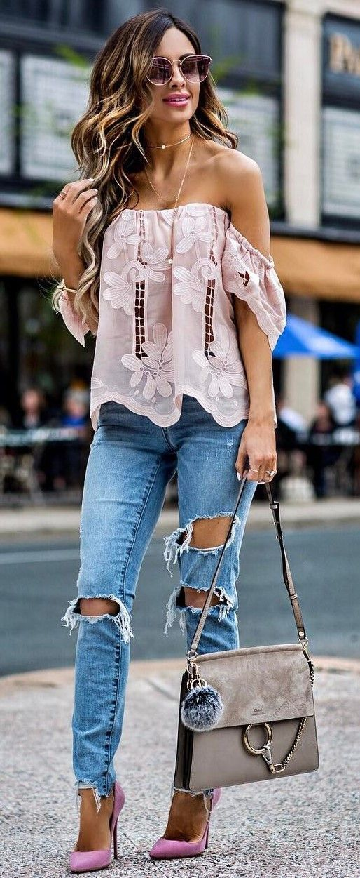 a0600838e399f4 beautiful outfit blush top + bag + heels + rips Holy Jeans Outfit, Casual  Heels