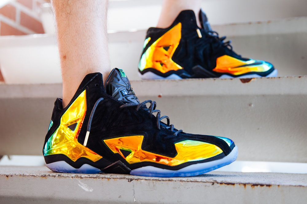 cb013be2f55 release date xi shoes lebron 11 white red black b42c0 9fb94  spain nike  lebron 11 ext kings crown 463ce 505b7