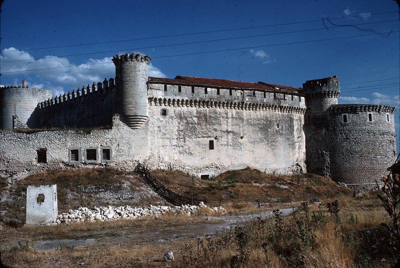 Castillo de los Duques de Alburquerque Date:  ca. 1400-1600 Place:  Castile-León--Segovia--Cuéllar Time:  Mudejar
