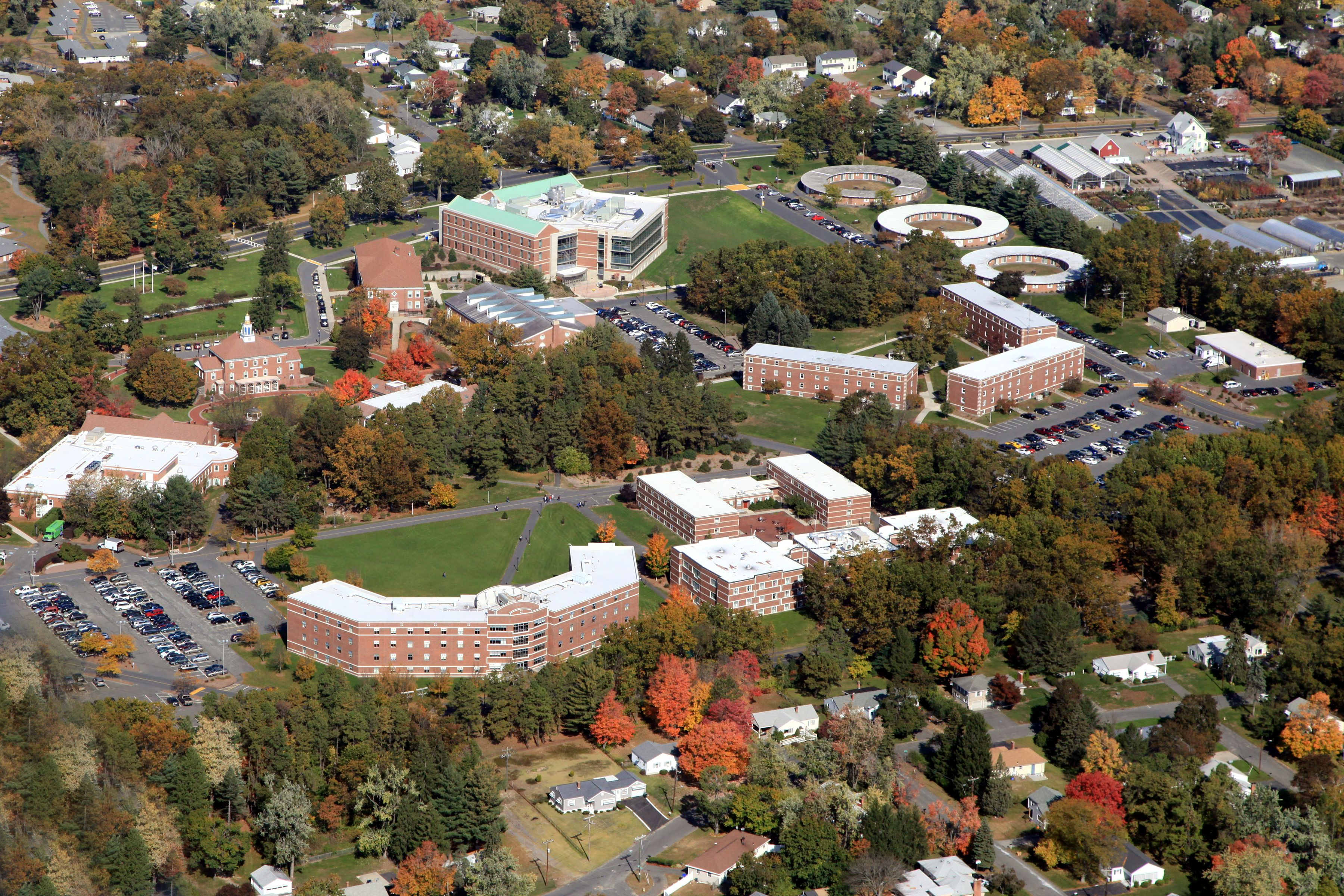 Aerial Photo Of The Western New England University Campus Beautiful New England University Western New England University Campus