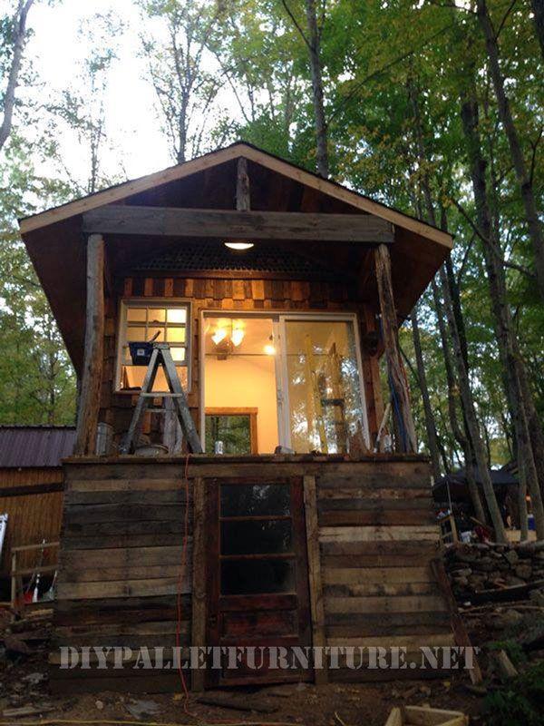 Cabaña Construida Con Madera Reciclada Diy Pallet Furniture Pallet Diy Pallet Furniture
