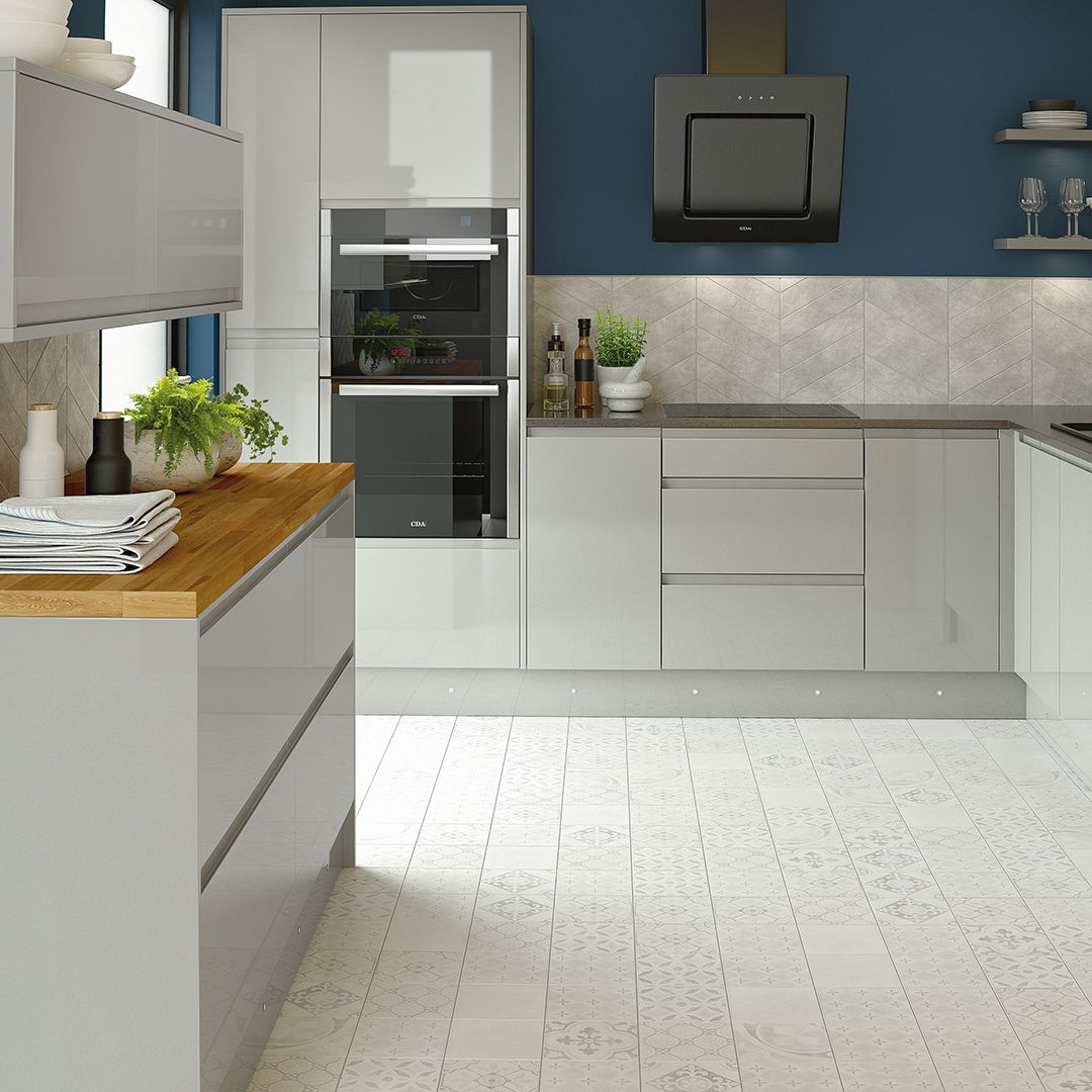 A clean and organic style kitchen from the new Homebase
