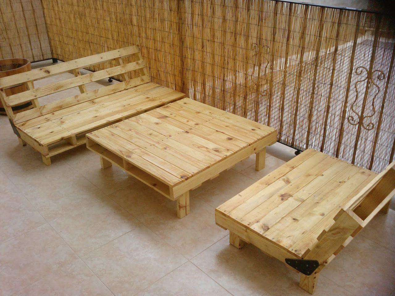 Pin de jeny chiq en muebles de paletas pinterest for Tarimas de madera para muebles