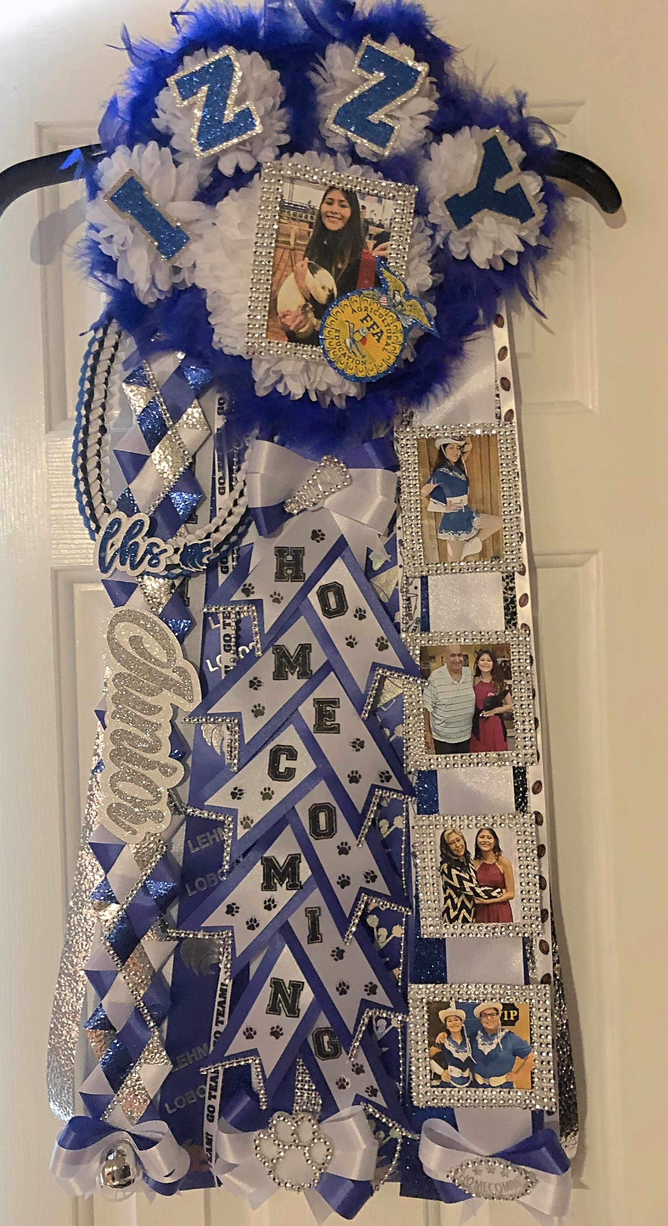 Paw Print Homecoming Mum
