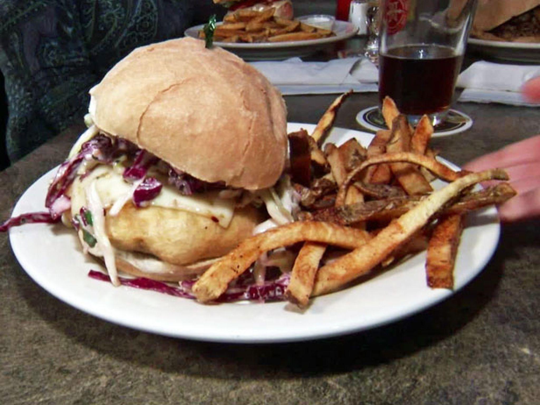 Swagger Fine Spirits Food Kansas City Mo Food Network Foodnetwork Com Food Network Recipes Food Good Burger