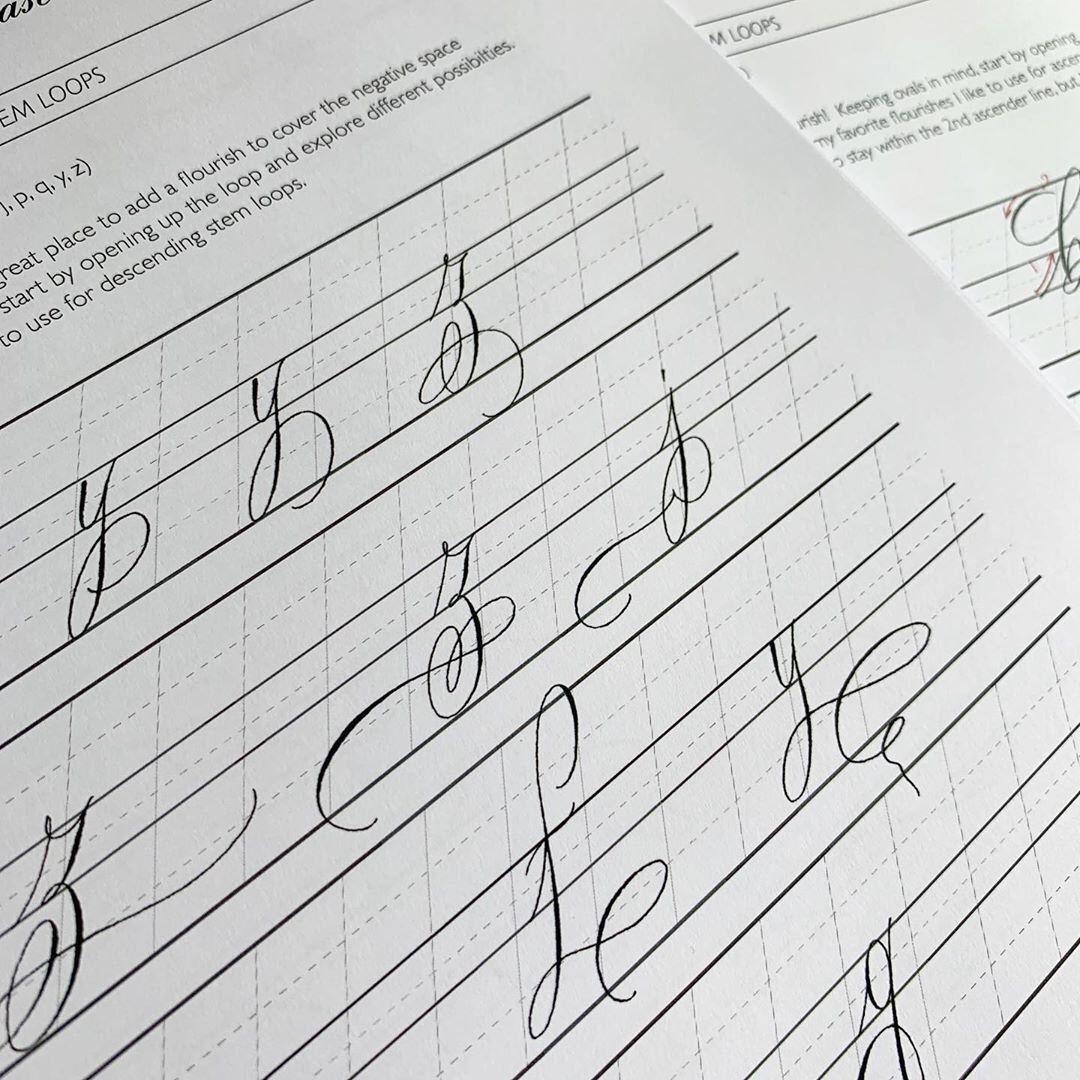 Ghim C A Karen Baker Tren Calligraphy Trong