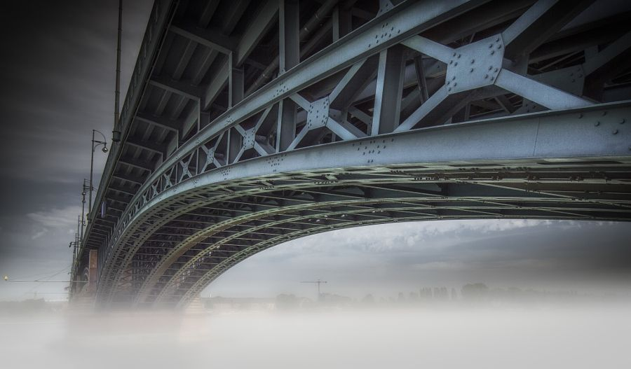 Theodor-Heuss-Brücke by Ole  Steffensen #xemtvhay