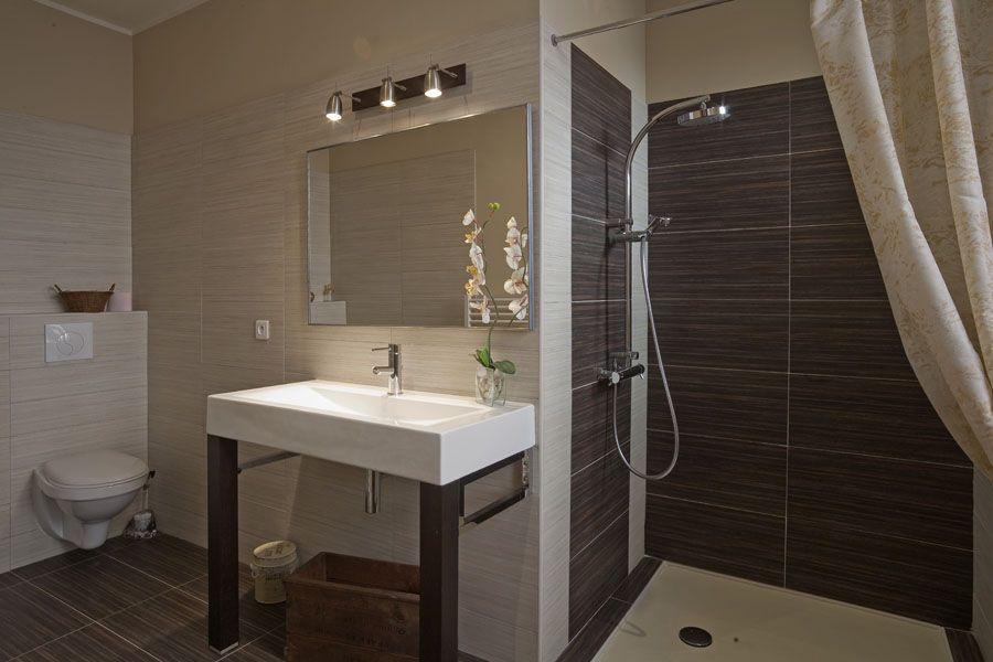 Salle de bain de la chambre d\u0027hôte MIKADO dans l\u0027Aude en France