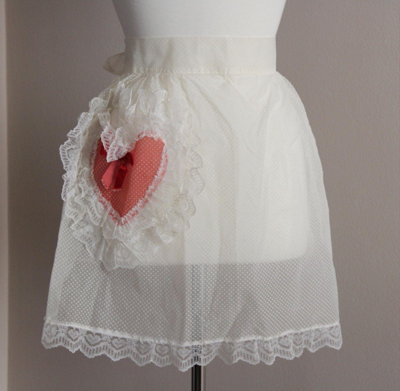 1950/'s handmade Valentines Organza Apron