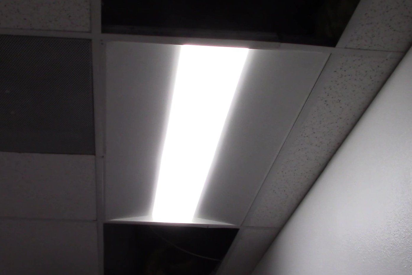 How To Install The Hykolity Architectural Led Troffer Light Led Lights Stylish Office Space Led Ceiling Lights