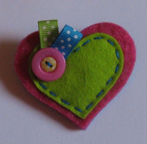 Handmade Felt Brooch ~ Cerise & Green Heart with Spotty Ribbons ~ *New*