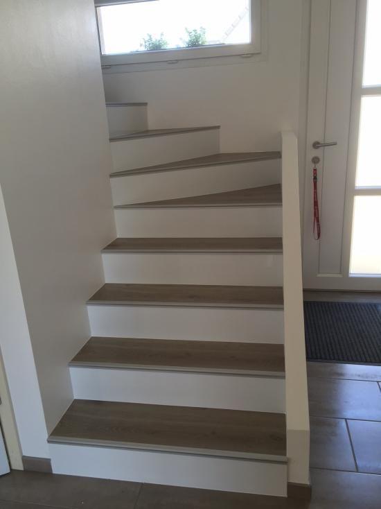 escalier bois beton revtement duescalier en bois dur with escalier bois beton free pourquoi ne. Black Bedroom Furniture Sets. Home Design Ideas