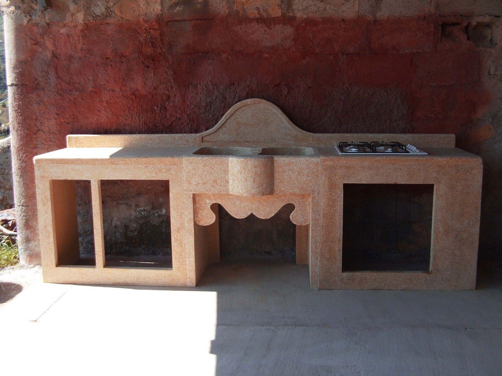 Cucina in muratura modulare in cemento e graniglia di for Bricolage arredamento