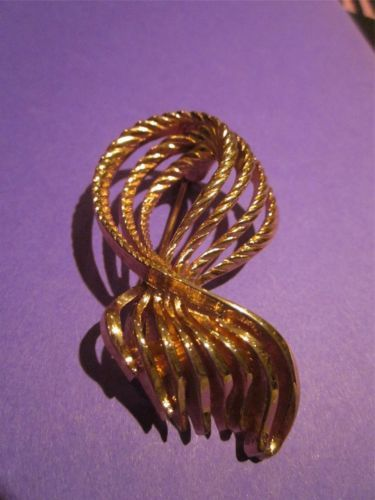 Signed Vintage Octopus Brooch Pin Gold Tone Monet or Ribbon Bow Tie Tassel Rope